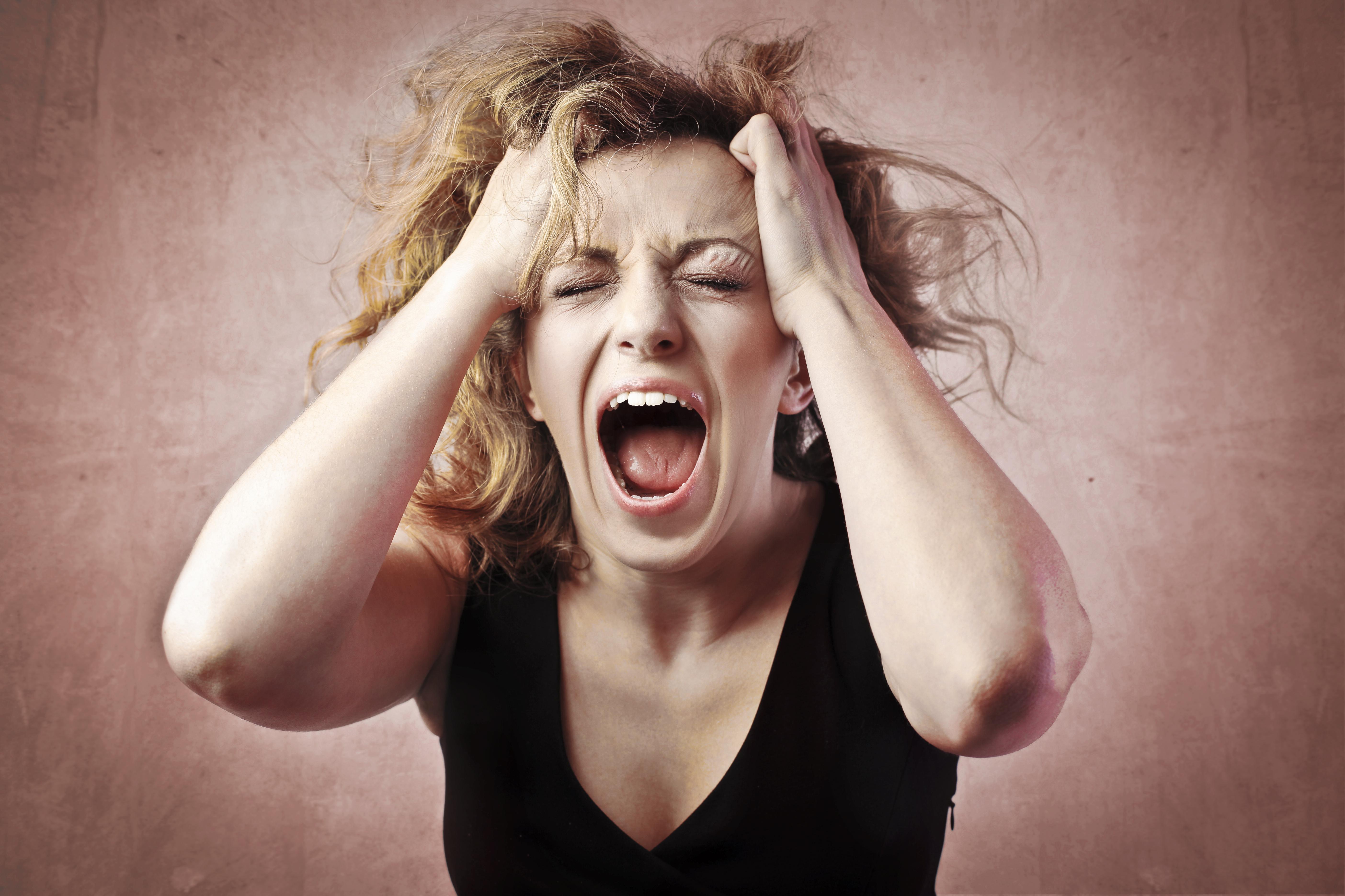 Фото кричащей девушки 11 фотография